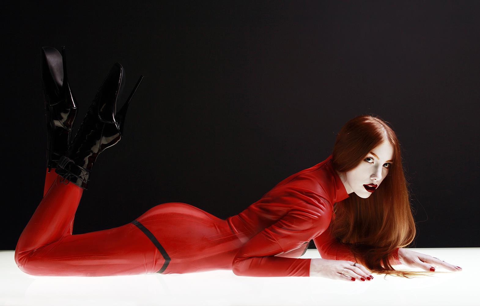 sexy Leila Lunatic 7