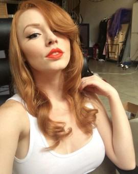 Sexy redhead Austin White