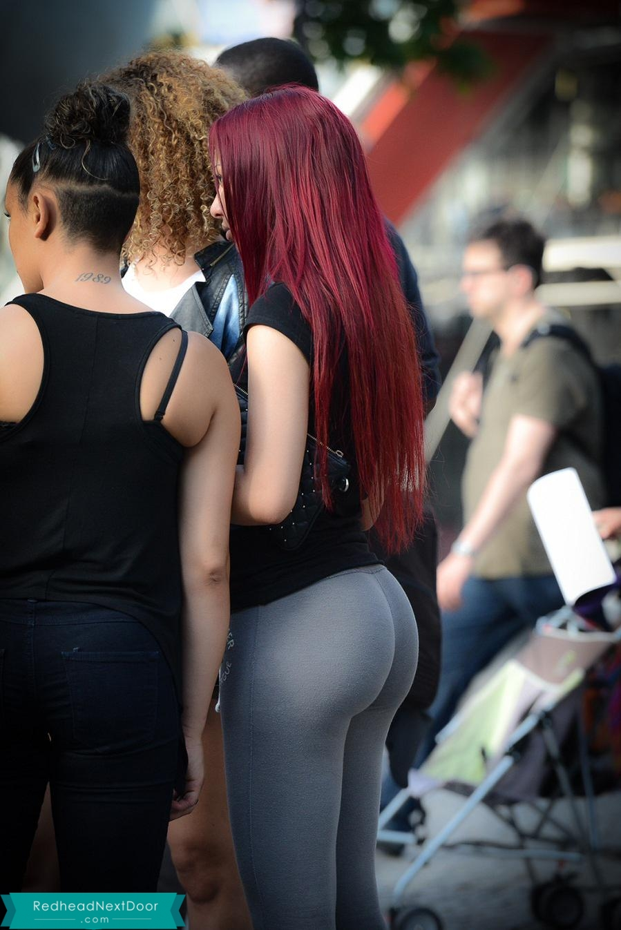 Blonde Doesn't Know You Can See Through Her Yoga Pants In Class
